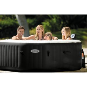 Portable Hot Tub with Family