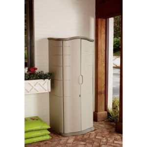 Rubbermaid 121-Gallon Vertical Storage Shed