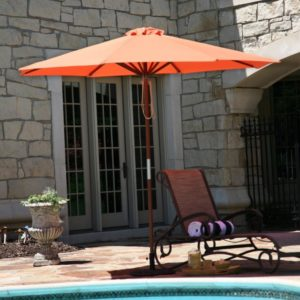 Heininger DestinationGear Classic Wood Market Umbrella 9'