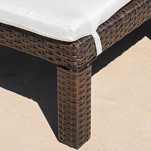 Estrella Outdoor Chaise Lounge Wicker Detail