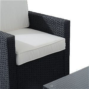 Materials Close Up: Cushion and PE Wicker