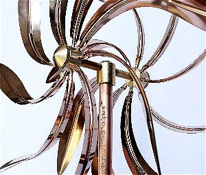 Dual Willow Copper Wind Spinner Detail