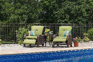 La-Z-Boy Outdoor Sawyer Resin Wicker Patio Furniture Recliner