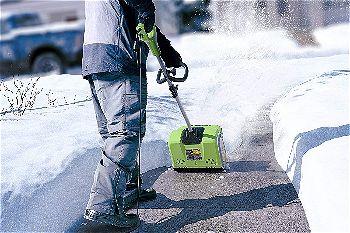 Greenworks 12-Inch 8 Amp Corded Snow Shovel