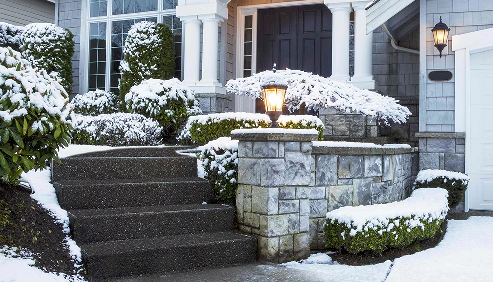 Step Drive /& Patio NO MESS! MELT SNOW /& ICE Fast /& Safe for Plants /& Pets Path