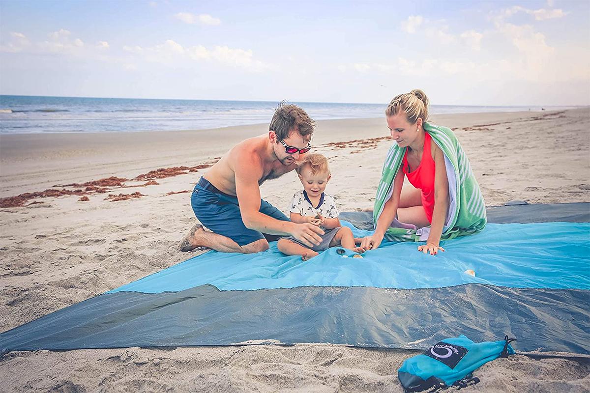 Best Beach Blanket | OutsideModern